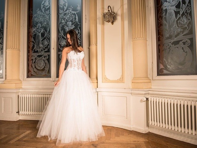 pasek biżuteryjny do sukienki